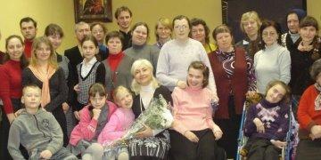 Воскресная школа семейного типа для людей с инвалидностью