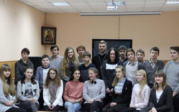 В храме Святых Новомучеников и Исповедников Церкви Русской состоялся  урок-беседа со священником