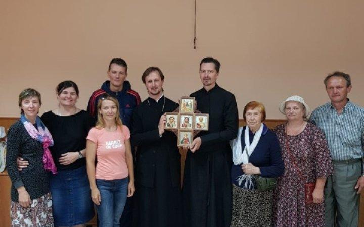 Группа глухих из Санкт-Петербурга посетила общину глухих при храме Новомучеников Церкви Русской