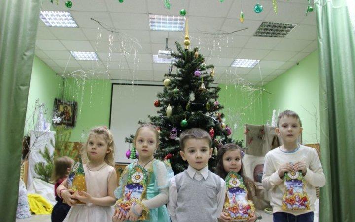 Рождественский праздник для малышей  в храме Святых Новомучеников