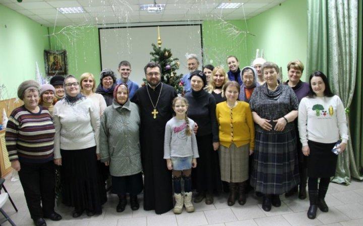 Рождество в воскресной школе для взрослых  храма Святых Новомучеников Церкви Русской