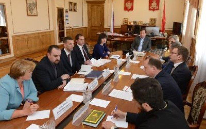 Настоятель храма принял участие в совещении  по вопросам развития внутреннего и въездного туризма на территории Смоленской области.