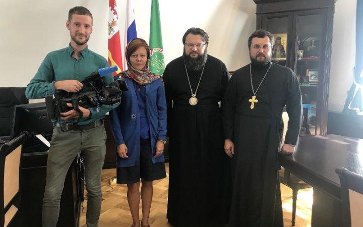 Съемочная группа телеканала «СПАС» посетила Смоленскую епархию